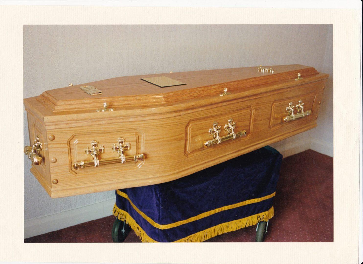 Coffins - FE Farrer Funeral Directors